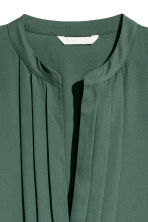 V-neck dress - Dark green - Ladies | H&M 3